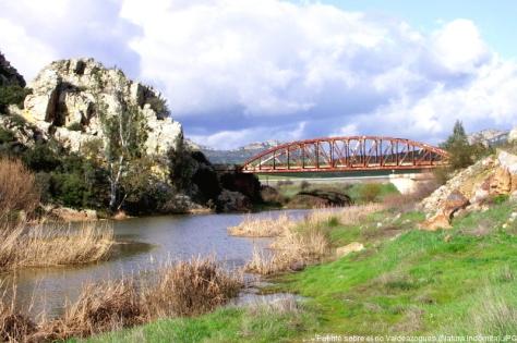 puente rio valdeazogues
